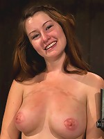 Cumming isn't easy - young redhead learns the ways of Device.