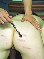 Hot slave taing some pussy pain
