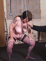 Mature slave in pussy pain